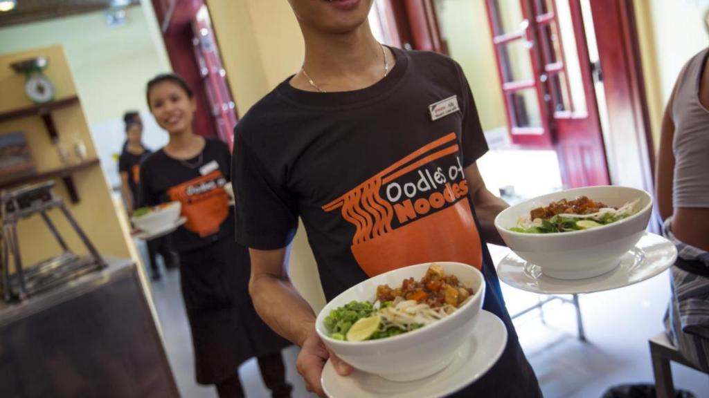 Oodles of Noodles in Hoi An, G Adventures family tour